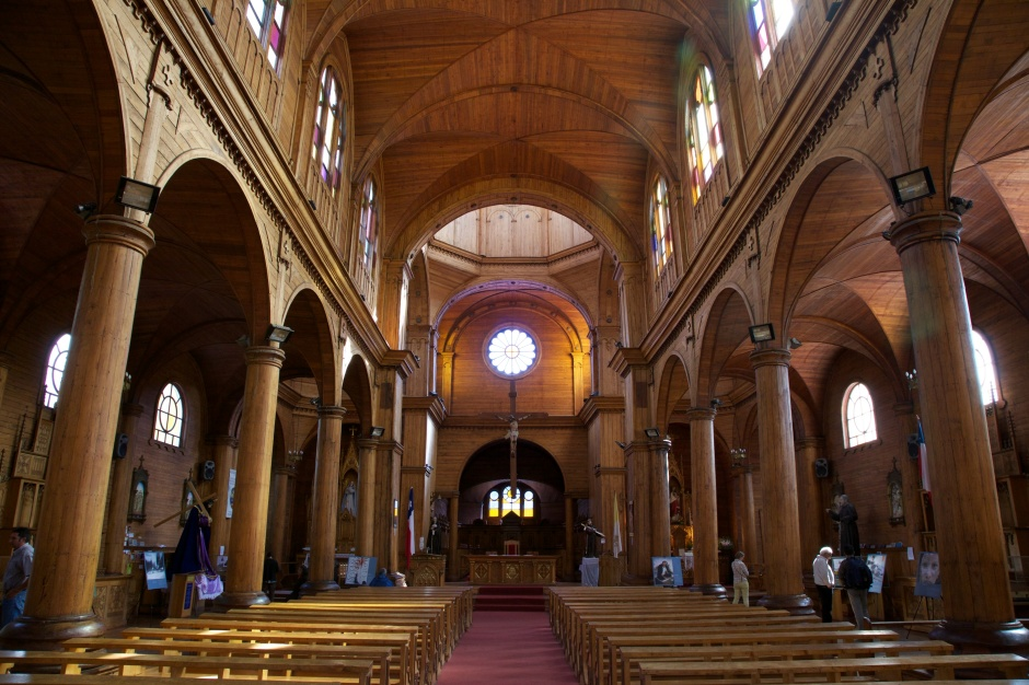 The nave of Iglesia San Francisco, Castro