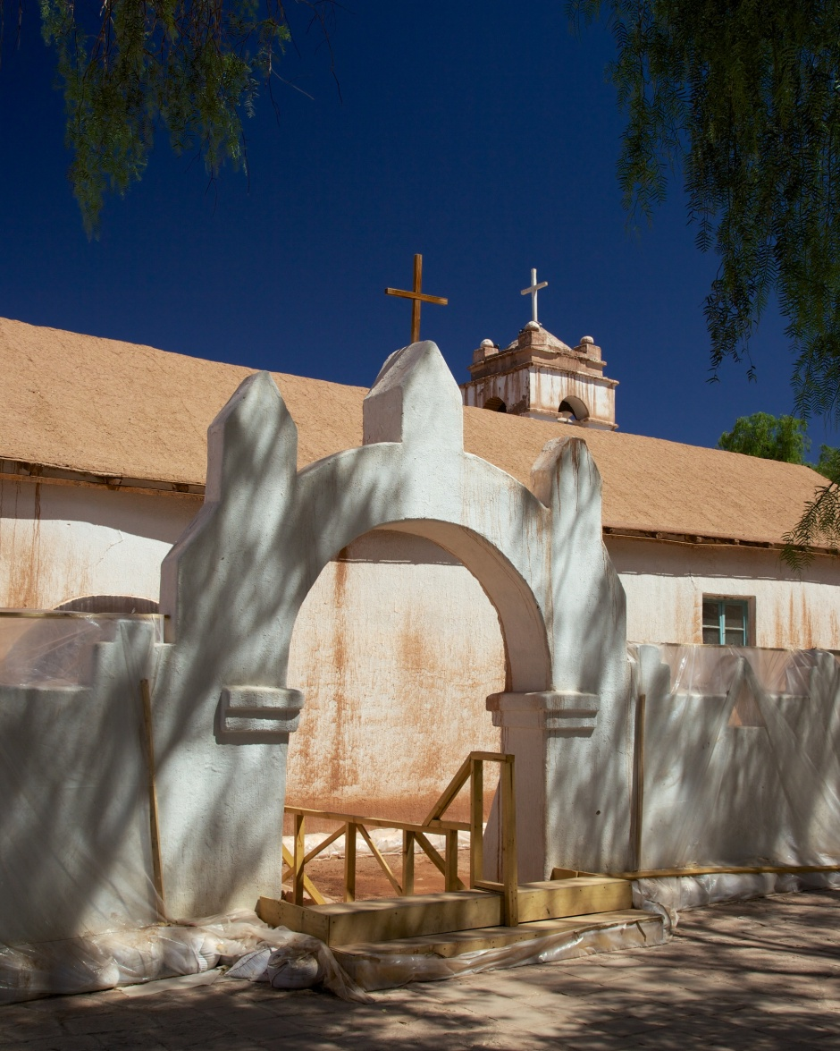 The spire of Iglesia San Pedro