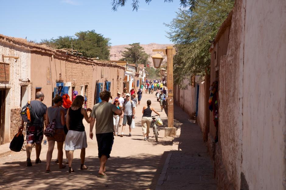 Caracoles, the main street of San Pedro