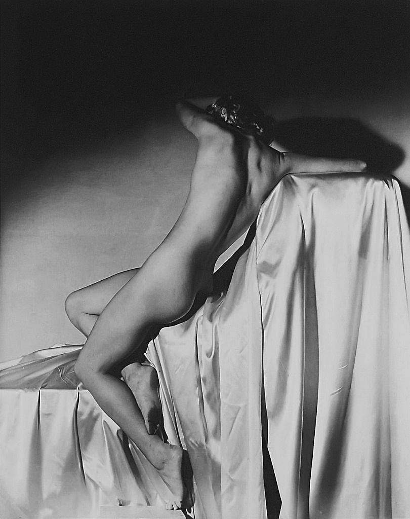 Lisa Fonssagrives by Horst P. Horst, New York, 1940